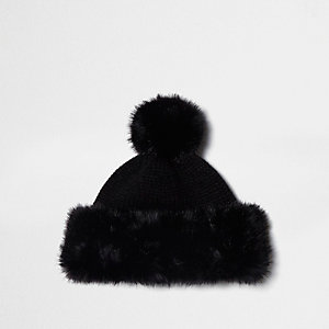 Black knitted faux fur trim bobble hat