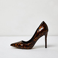 Brown tortoiseshell court shoes