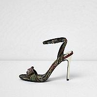 Goudkleurige minimalistische jacquard sandalen met bloemenprint en strik