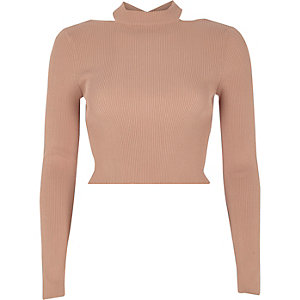 Pink ribbed fitted long sleeve crop top