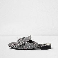 Schwarze Loafer mit karierter Schleife