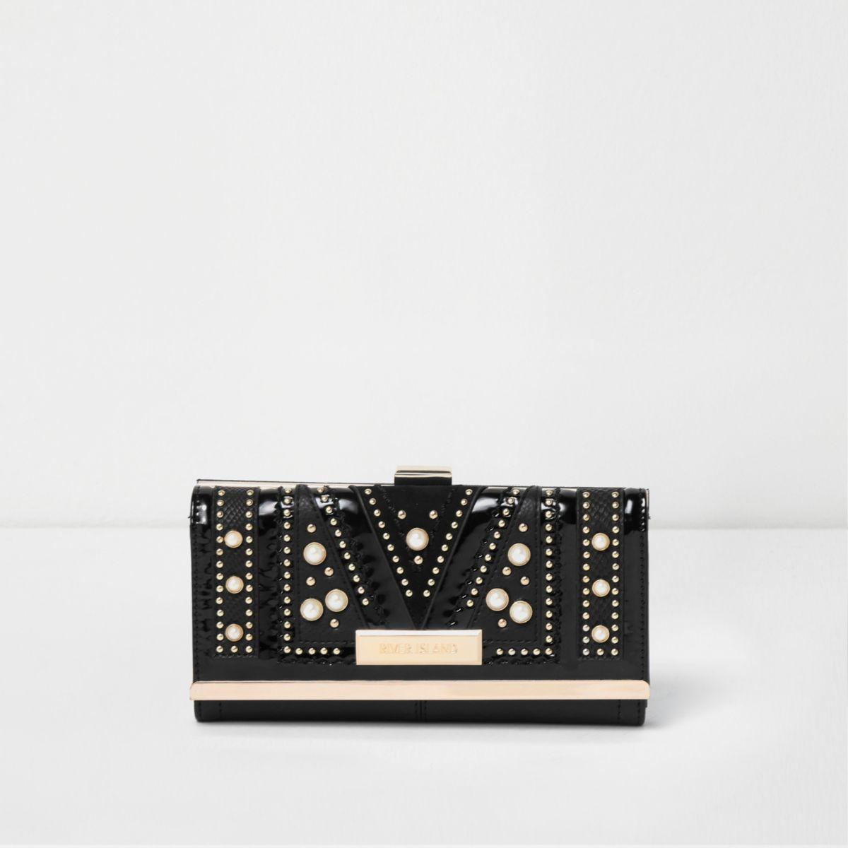 Zwarte portemonnee, versierd met nepparels en studs