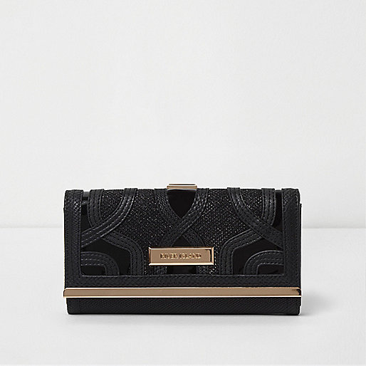 Black cutabout shimmer clip top purse