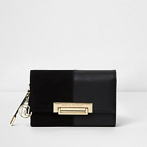 Black split texture lock front foldout purse