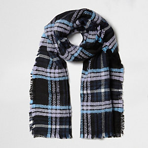 Purple and blue check blanket scarf