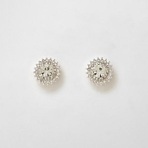 Zilverkleurige oorknopjes met diamantjes