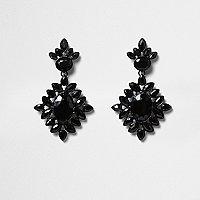 Pendants d'oreilles ornés de pierres noires