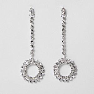 Zilverkleurige oorhangers met diamantjes en cirkel