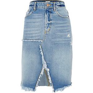 Jupe mi-longue en jean fendue à ourlet effiloché