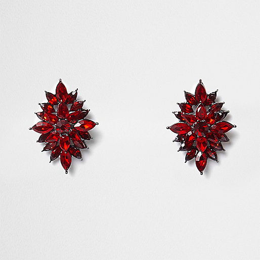 Red leaf jewel stud earrings