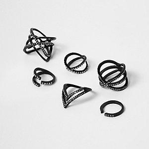 Schwarze Ringe mit Strasssteinen im Multipack