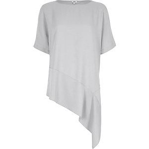 Light grey asymmetric hem T-shirt