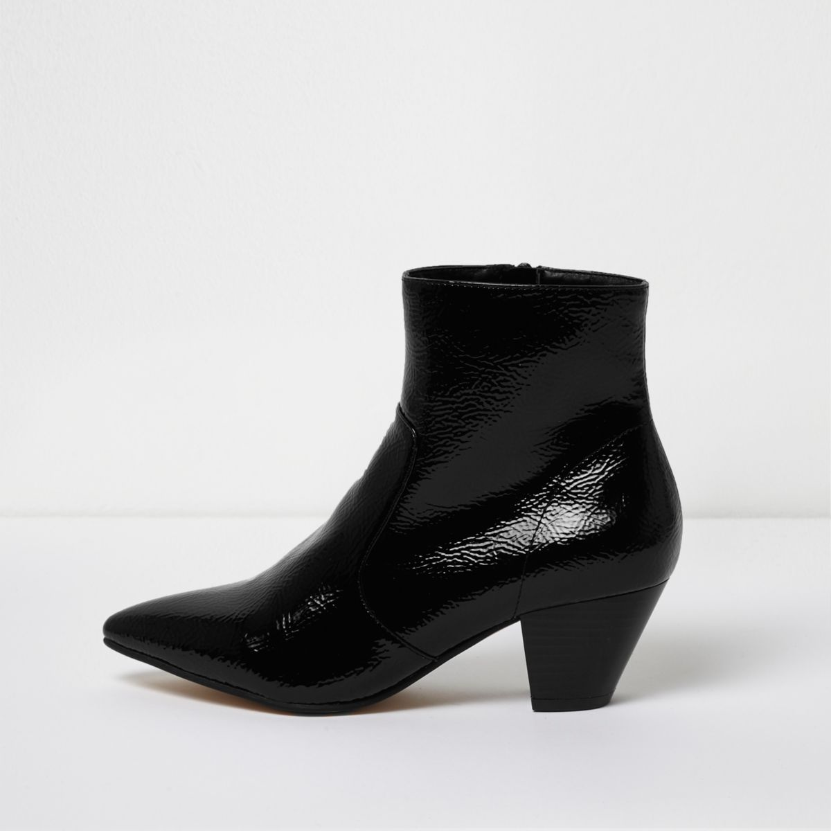 Black pointed toe patent western heel boots