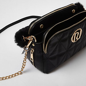 Black quilted faux fur strap chain bag