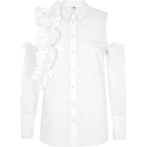 Weißes Hemd mit Schulterausschnitten