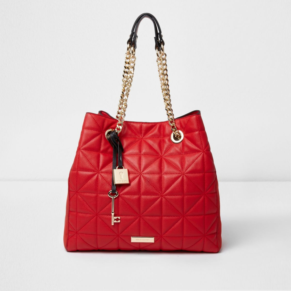 Red quilted slouch chain bag