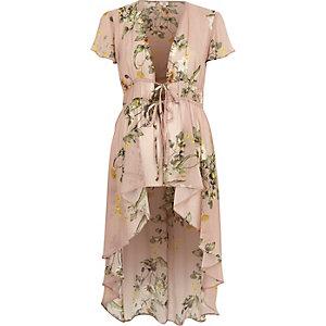 Top à fleurs rose clair à ourlet asymétrique façon kimono