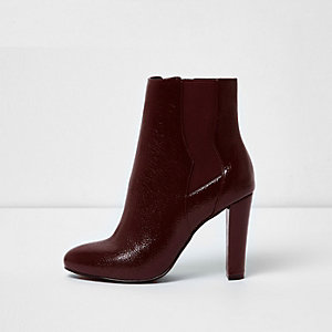 Dark red heeled ankle chelsea boots