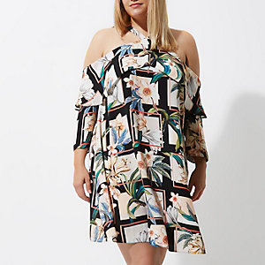 Plus – Schwarzes, geblümtes Kleid mit Schulterausschnitten