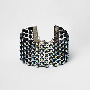 Black rhinestone threaded bracelet