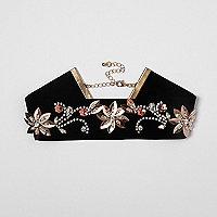 Ras-de-cou en velours noir orné de fleurs