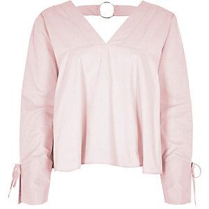 Light pink V neck ring back long sleeve top