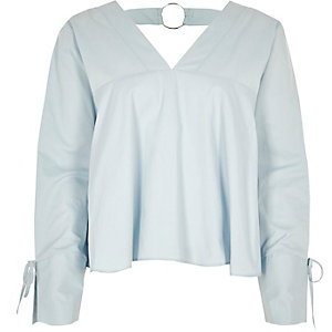 Light blue V neck ring back long sleeve top