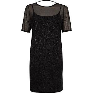 Schwarzes T-Shirt-Kleid mit Mesh-Einsatz