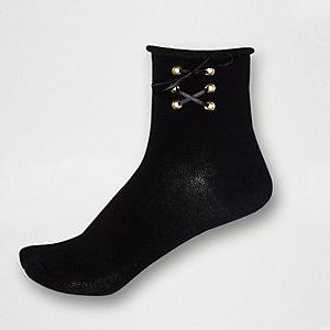 Socquettes noires à lacets