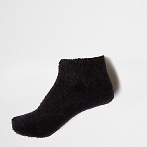 Black fluffy knit ankle socks