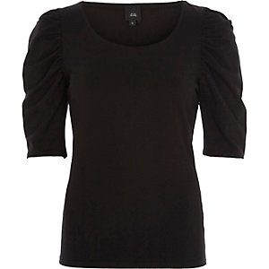 Black three quarter puff sleeve fitted top