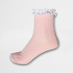 Roze enkelsokken met glitter, kabels en ruches