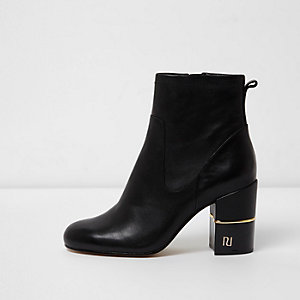 Black wide fit leather block heel RI boots