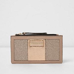 Goudkleurige smalle portemonnee met panelen