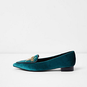 Chaussures bleu marine brodées à bout pointu