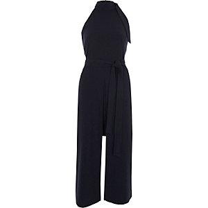 Robe mi-longue bleu marine à col montant nouée à la taille