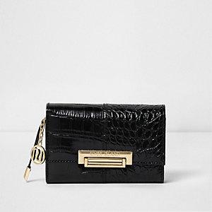Zwarte kleine portemonnee met krokodillenprint en slotje voor