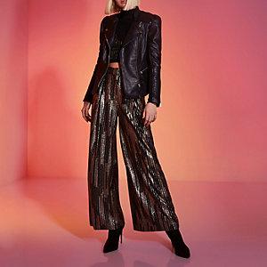RI Studio – Veste en cuir noire à manches bouffantes