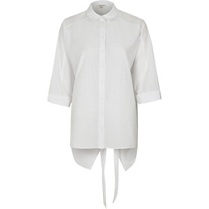 Nate - Wit overhemd met lange mouwen en strik op de rug