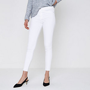 Molly – Weiße Jeggings mit offenem Saum