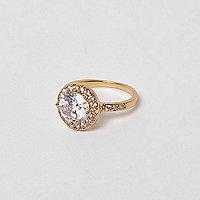 Goudkleurige ring met zirkonia