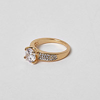 Gold tone jewel ring