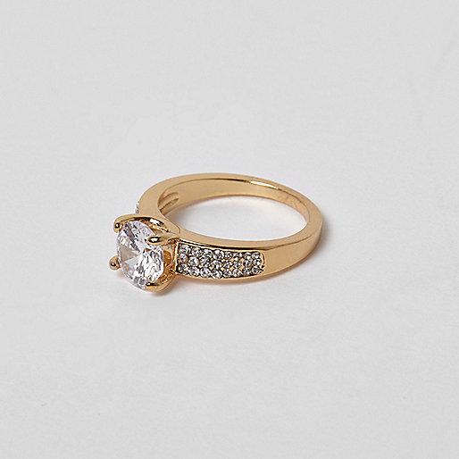 Cubic zirconia gold tone jewel ring