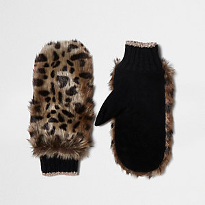Brown faux fur leopard print mittens