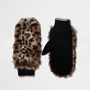 Brown faux fur leopard print mittens
