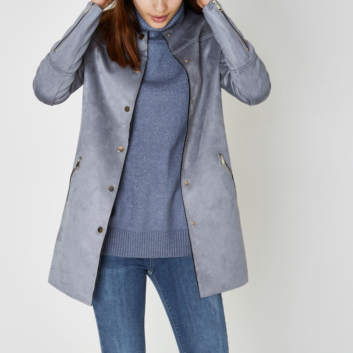Blauer Mantel aus Wildlederimitat