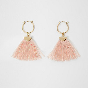 Light pink and gold tone tassel hoop earrings