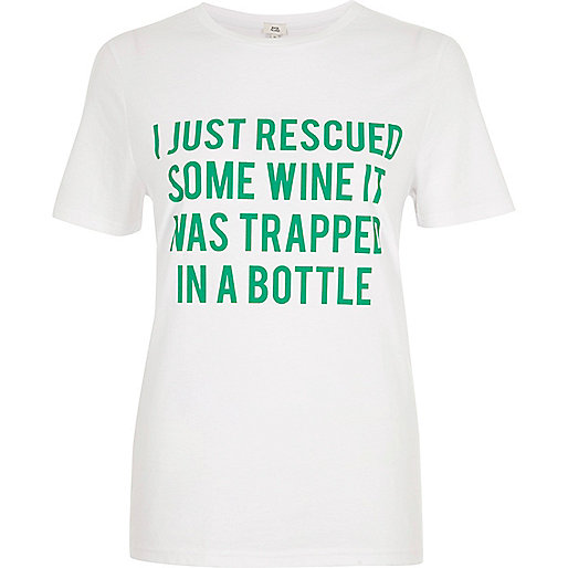 White 'wine' slogan short sleeve T-shirt