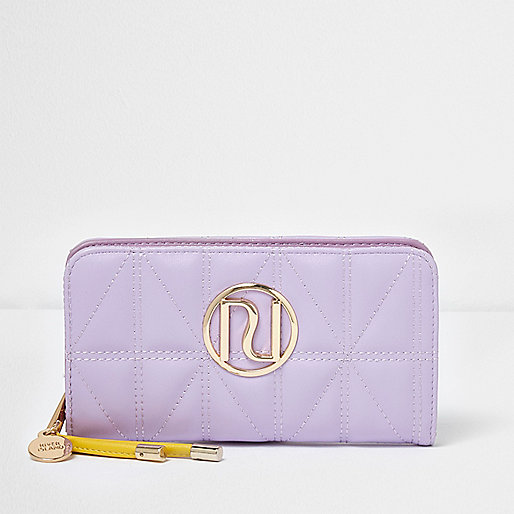 Light purple quilted foldout purse
