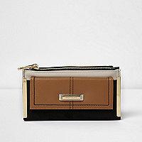 Black and tan slim foldout purse